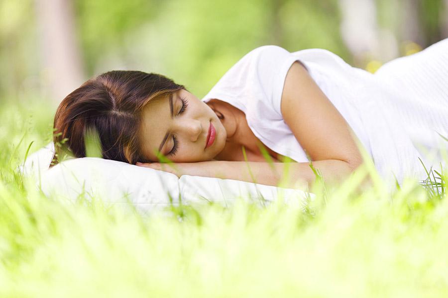 cómo astenia primaveral afecta al descanso