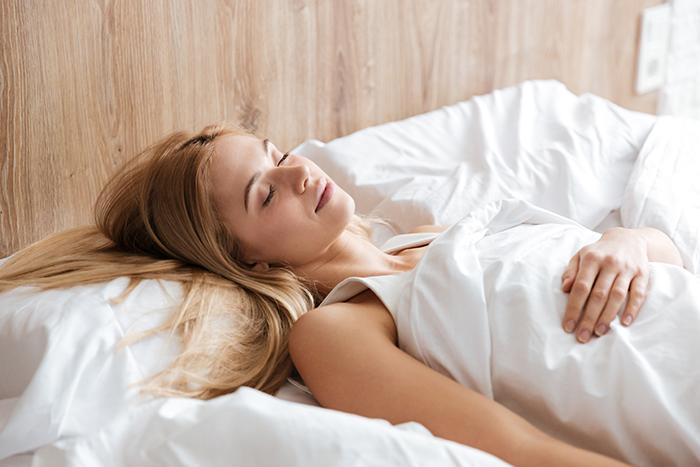 SB-Descanso-distribuidor-colchones-posturas-para-dormir-postura-boca-arriba