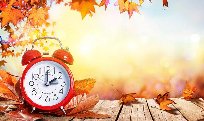 Reloj anunciando el cambio de hora en otoño