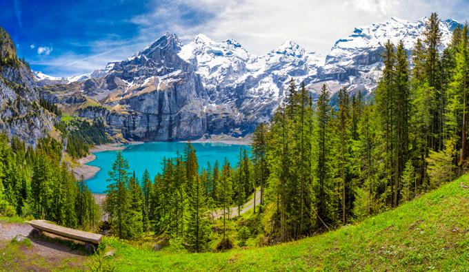 Lago en Suiza